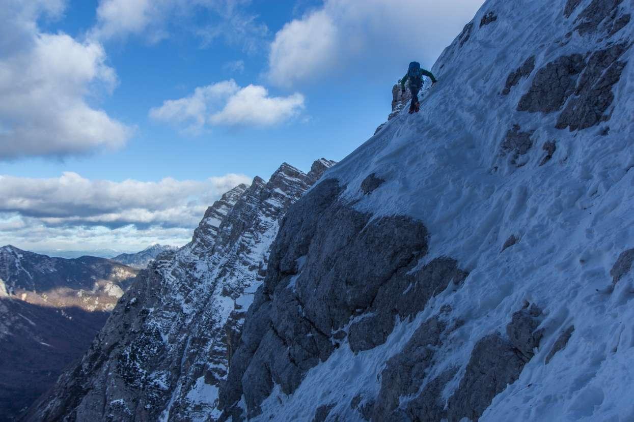 Climbing Slovenska route in winter
