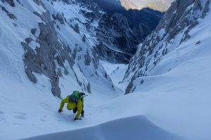 Nice snow gully for winter climbing
